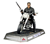 Terminator 2: Judgment Day - T-800 on Motorcycle 1/4 Scale Diorama Statue