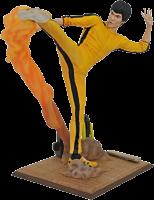 "Bruce Lee - Kicking Bruce Lee Gallery 9"" PVC Diorama Statue"