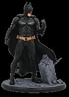 "Batman: The Dark Knight - Batman DC Gallery 9"" PVC Diorama Statue"