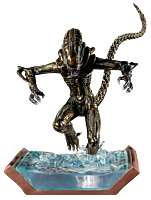 Aliens - Brown Alien Warrior Water Attack 1/6th Scale Diorama Statue (Popcultcha Exclusive)