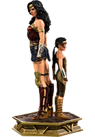 Wonder Woman 1984 - Wonder Woman & Young Diana Deluxe 1/10th Scale Statue