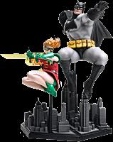 Batman-Dark-Knight-Returns-Batman-Robin-1-10-Statue