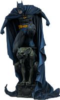 Batman - Batman Premium Format Statue